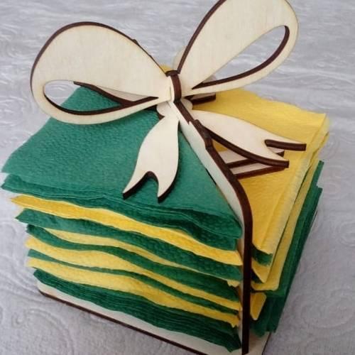 Салфетница Подарок